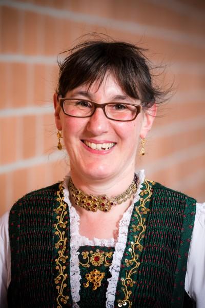 Claudia  Peterer
